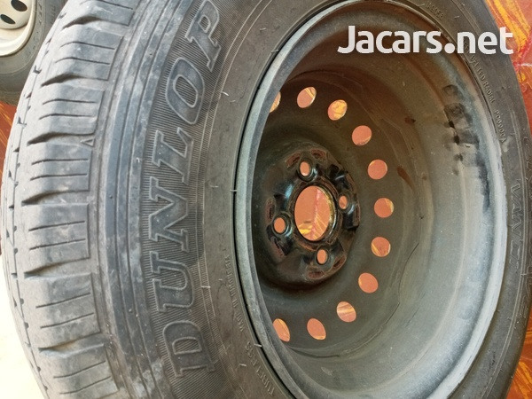 tyre and rim with lugs-2