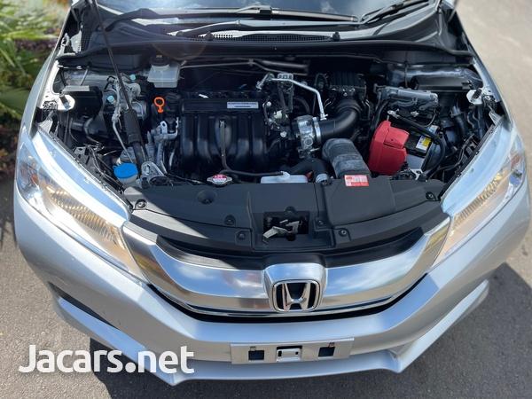 Honda Grace 1,5L 2016-11