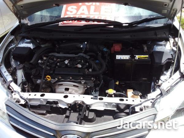 Toyota Axio 1,5L 2015-9