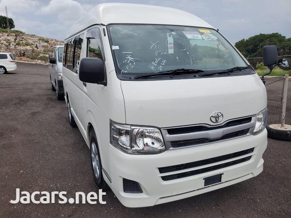 Toyota Hiace 2,0L 2013-3