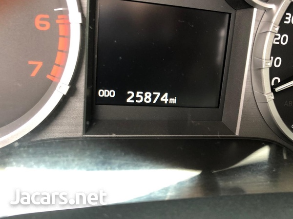 Toyota Tundra 5.7L 2016-6