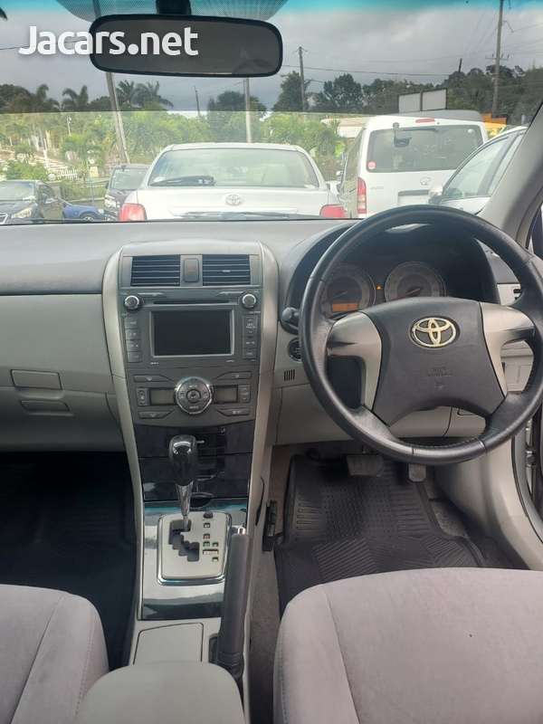 Toyota Axio 1,5L 2008-7