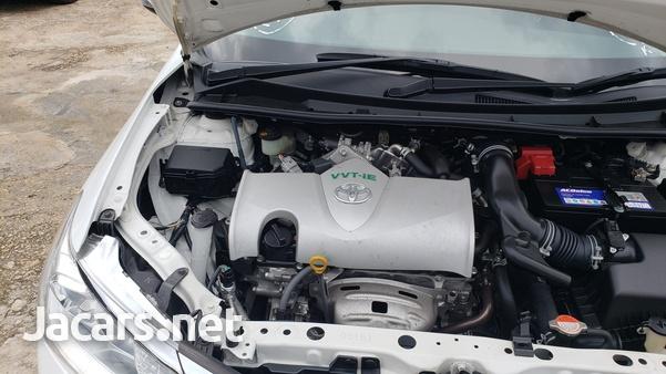 Toyota Fielder 1,5L 2016-4