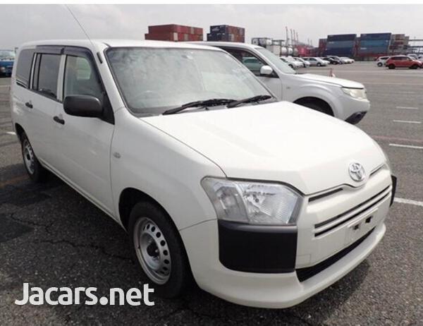 Toyota Probox 1,5L 2015-4