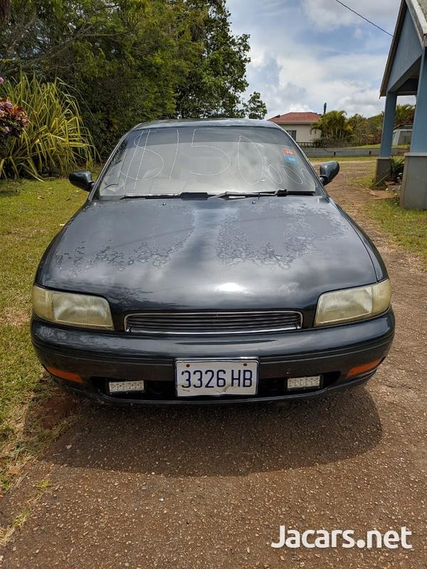 Nissan Bluebird 2,0L 1992-2