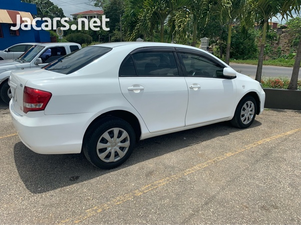 Toyota Axio 2,0L 2011-3