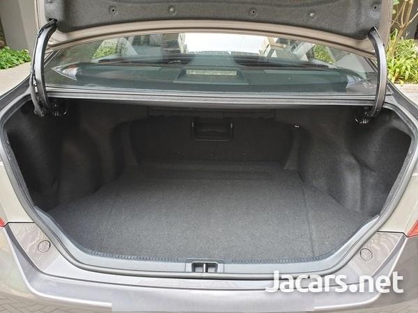Toyota Camry 2,0L 2014-8