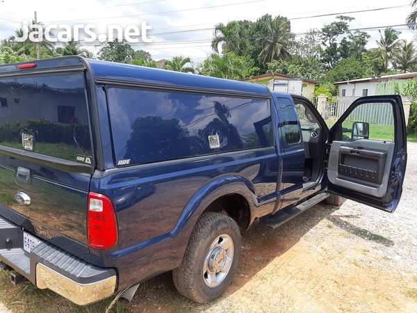 Ford F250 fully loaded-4
