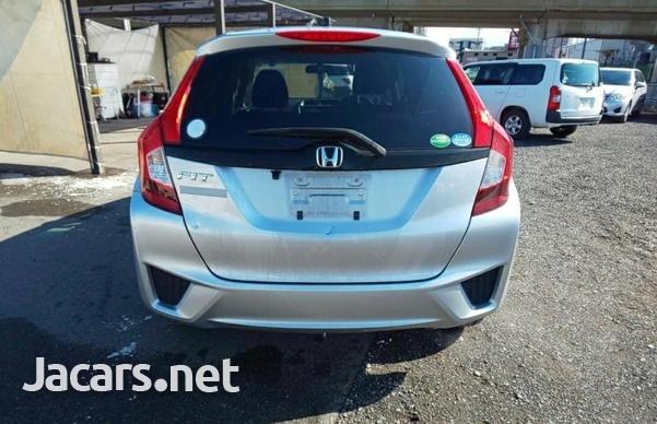 Honda Fit 1,4L 2015-6