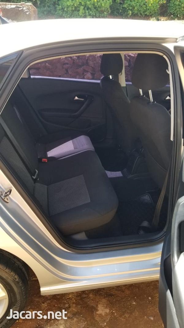 Volkswagen Polo 1,6L 2017-10