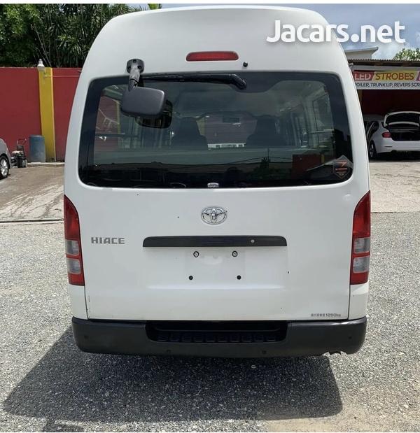 2012 Toyota Hiace Bus-1