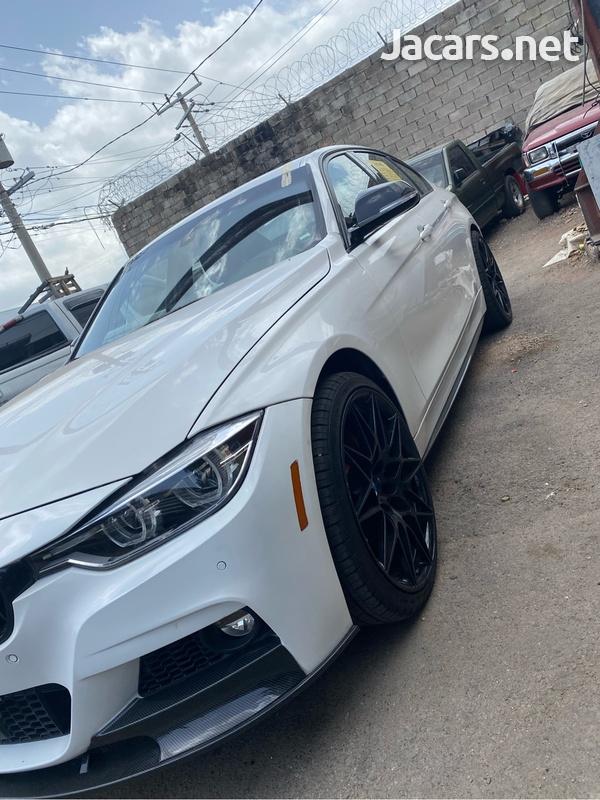 BMW 3-Series 3,0L 2018-3