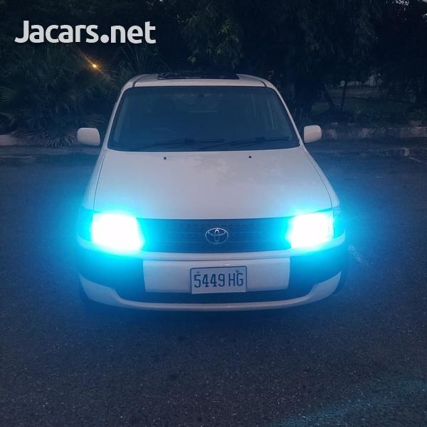 Toyota Probox 1,4L 2011-6