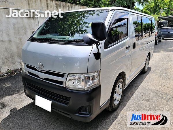 Toyota Hiace 2,0L 2014-3
