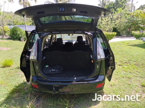 Mazda Premacy 2,0L 2009-3