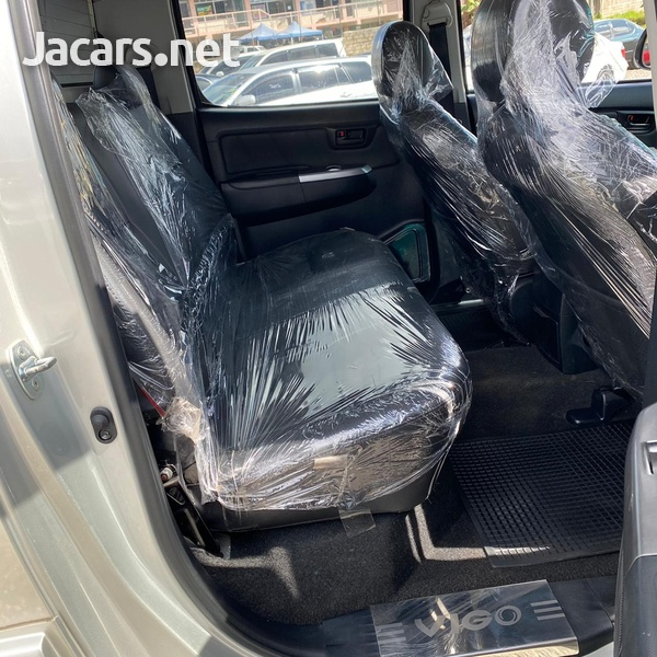 Toyota Hilux 2,5L 2014-6