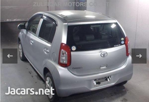 Toyota Passo 1,3L 2015-4