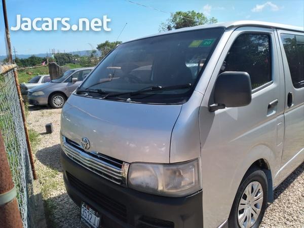 Toyota Hiace 2,5L 2007-3