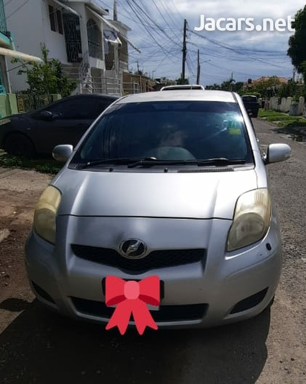 Toyota Vitz 1,3L 2010-4