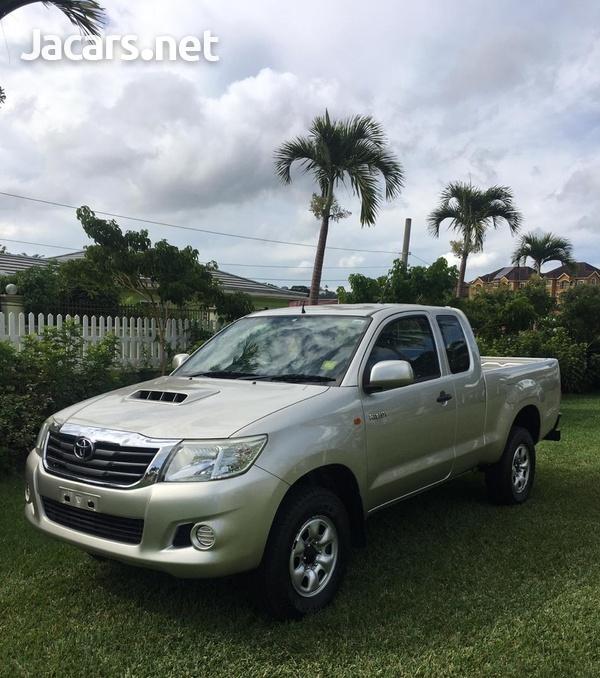 Toyota Hilux 3,0L 2012-1