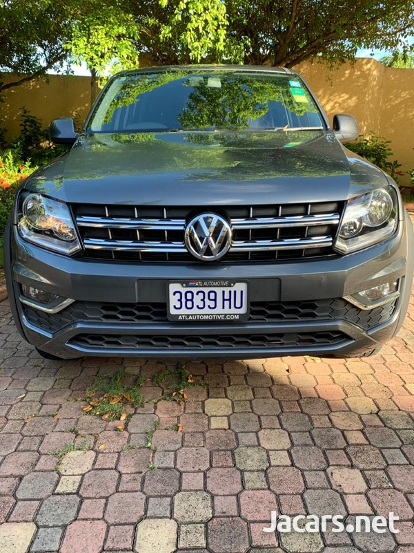 Volkswagen Amarok Canyon-3