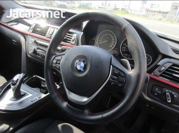 BMW 3-Series 2,0L 2015-5
