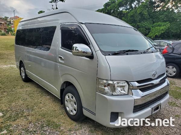 Toyota Hiace 3,0L 2015-3