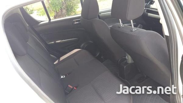 Suzuki Swift 1,4L 2012-6