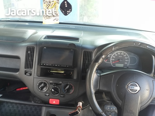 Nissan AD Wagon 1,6L 2013-3