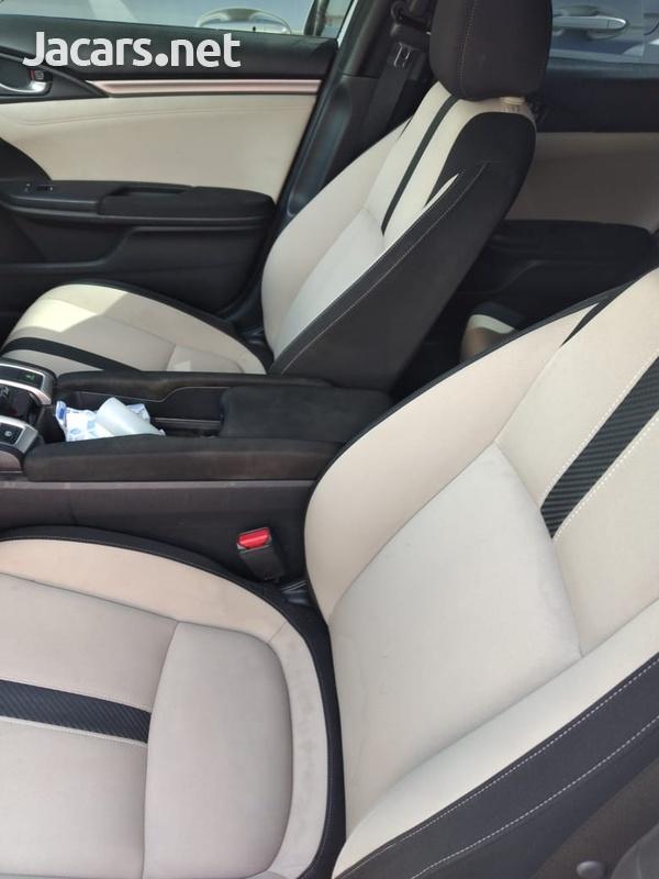 Honda Civic 1,5L 2017-10