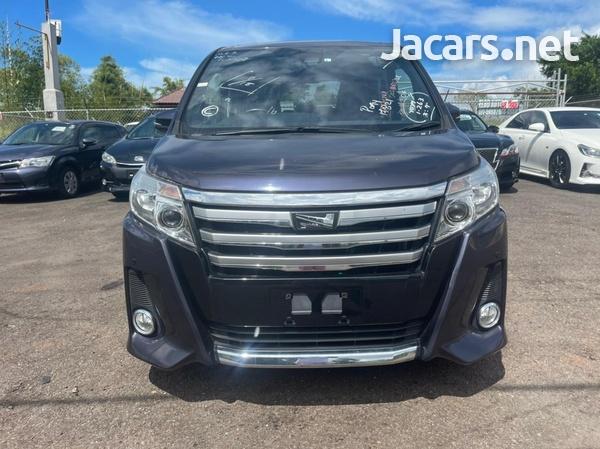 Toyota Noah 2,0L 2017-2
