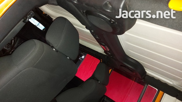 Jeep Wrangler Sport Unlimited 3,6L 2012-8