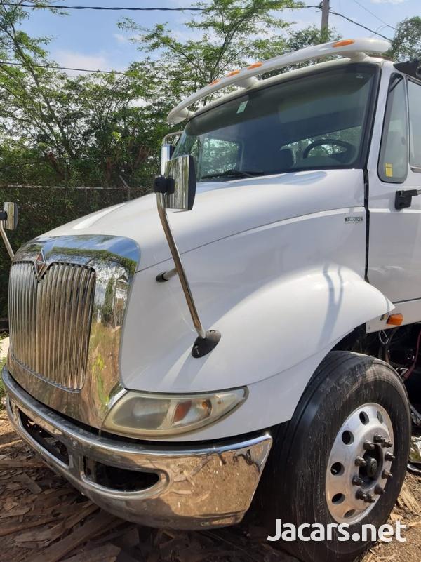 2010 8600 International Maxforce Truck-1