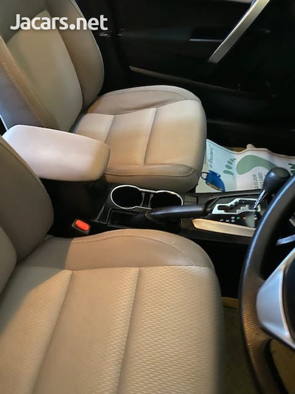 Toyota Corolla 1,6L 2017-5