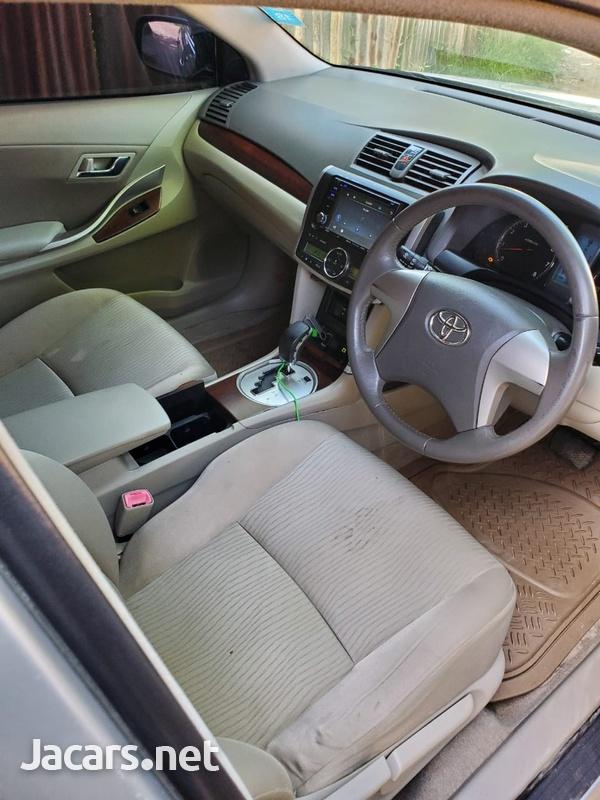 Toyota Corolla 1,5L 2011-6