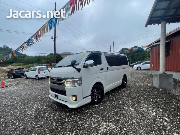 Toyota Hiace 2,5L 2015-1