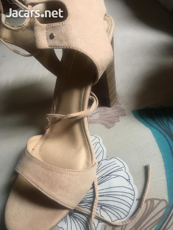 Ladies shoes-3