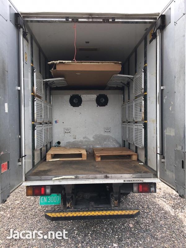 Isuzu Elf Freezer Truck-4