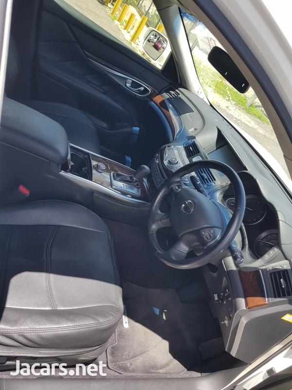 Nissan Fuga 3,5L 2013-14