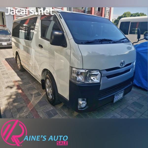 Toyota Hiace Bus 2,2L 2017-1