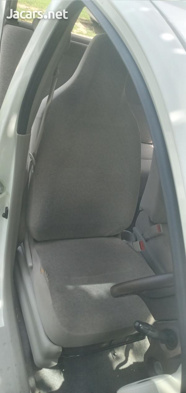 Toyota Passo 0,9L 2011-4
