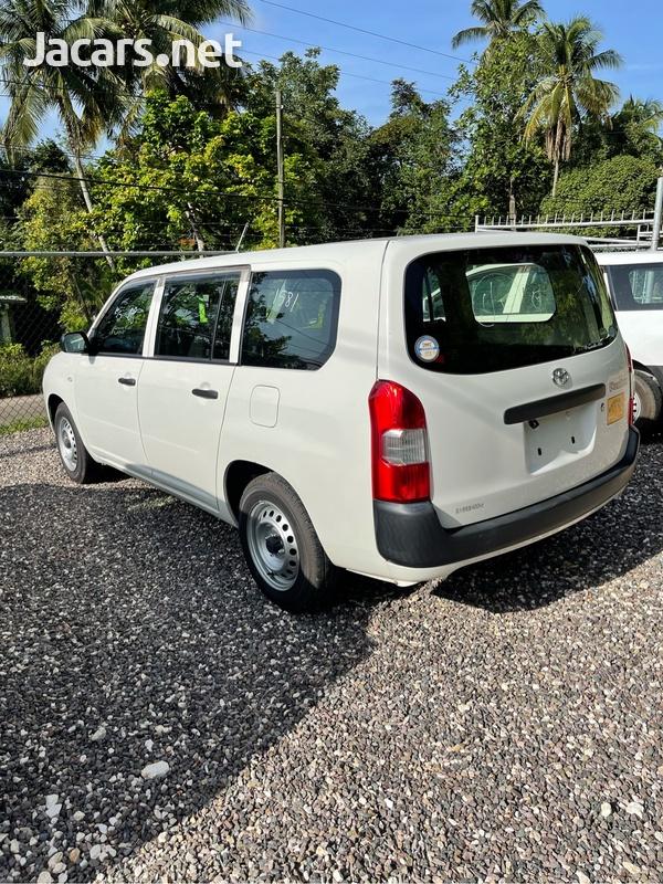 Toyota Probox 1,3L 2016-4