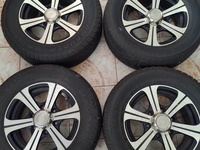 15inch 6 lug rim and tires Toyota hiace or pickup