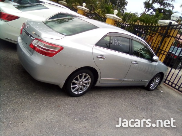 Toyota Premio 2,0L 2013-5