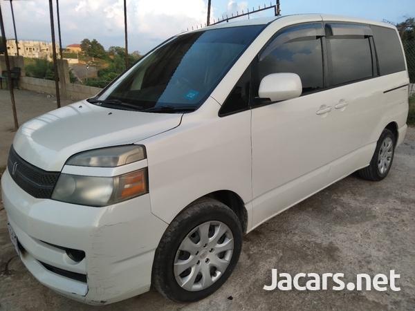 Toyota Voxy 2,0L 2005-2