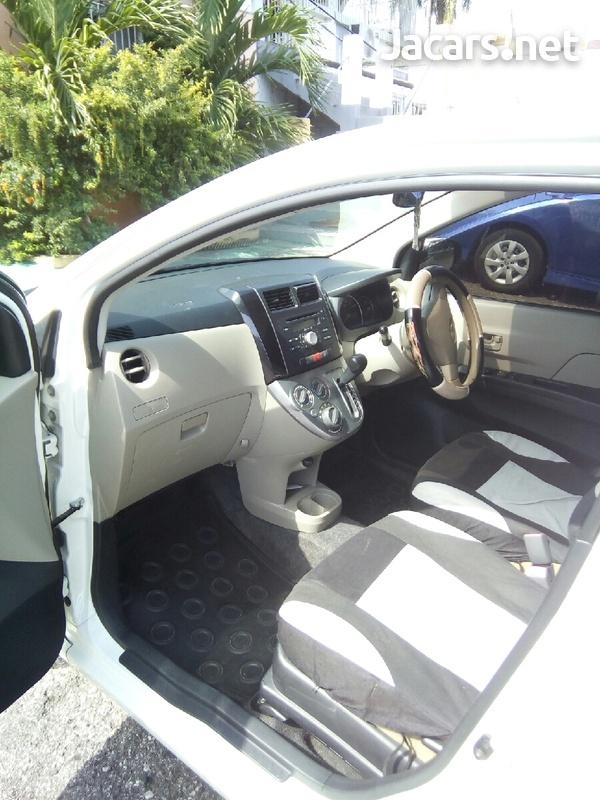 Daihatsu MIRA 0,6L 2012-2