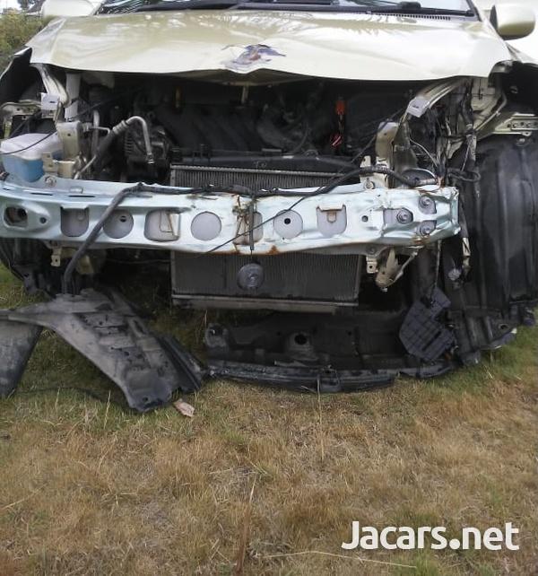 Toyota Belta 1,2L 2008-4