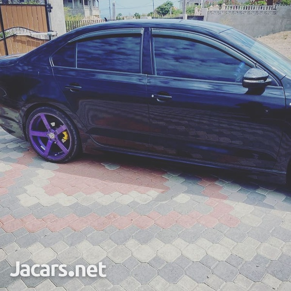 Volkswagen Jetta 1,4L 2014-4