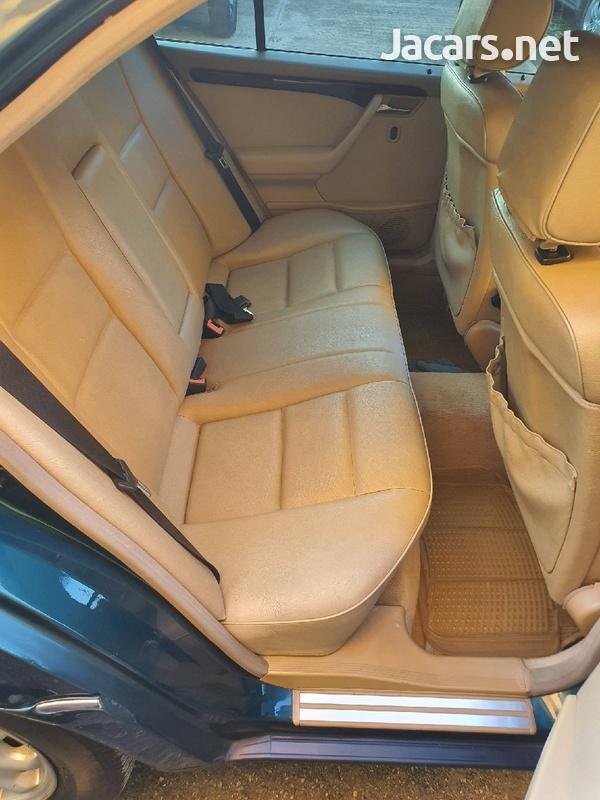 Mercedes-Benz C-Class 2,8L 1996-6