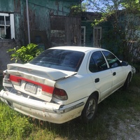 Nissan Sunny 1,8L 2001